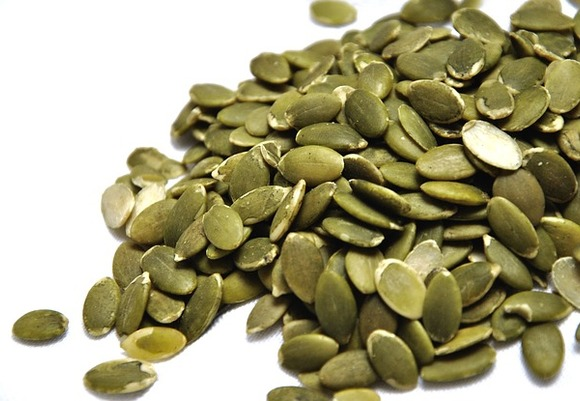 Pumpkin seeds 1489510 640